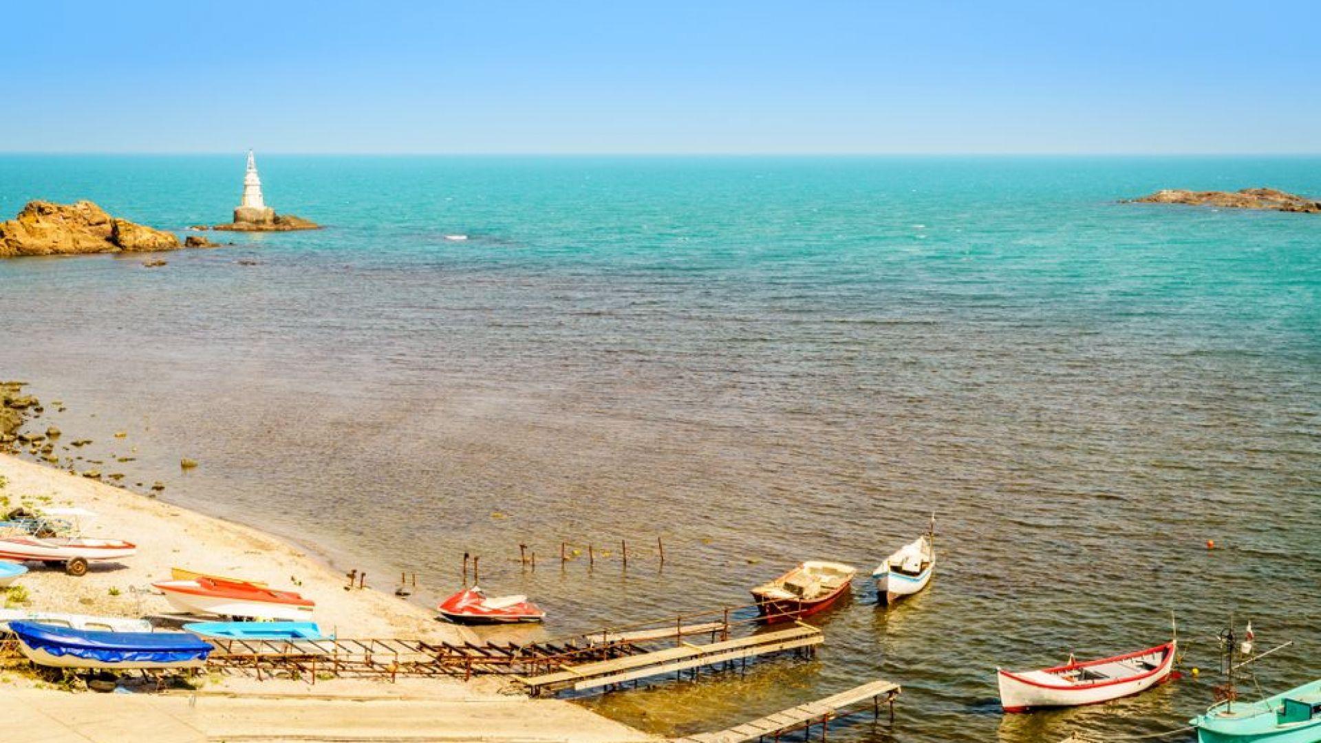 Северният плаж в Ахтопол вече има концесионер