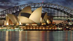 Операта в Сидни - емблемата на Австралия