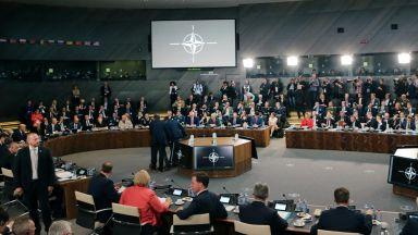 Бивш военен министър: Рано е да отписваме НАТО