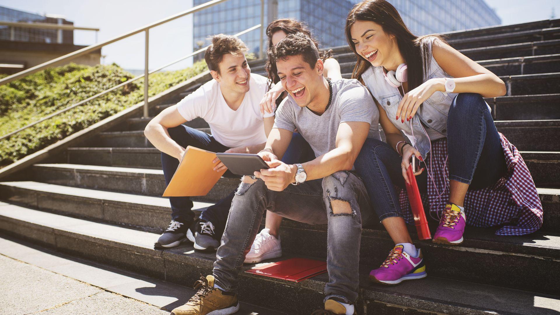 Снимка: Младите у нас предпочитат релаксиращите дейности и нищоправенето