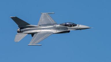 Турски F-16 е свалил арменски изтребител Су-25, пилотът е загинал