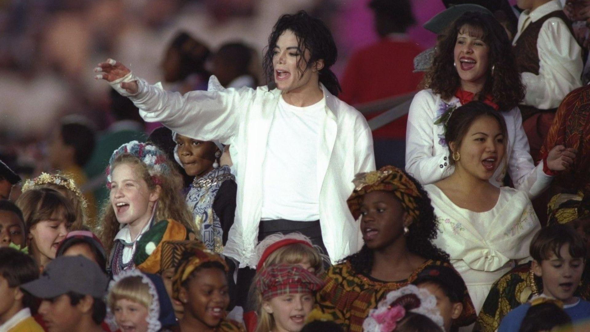 Документален филм обвинява Майкъл Джексън в педофилия
