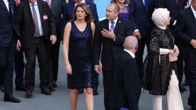 Президентското семейство ръка за ръка в Брюксел (снимки)