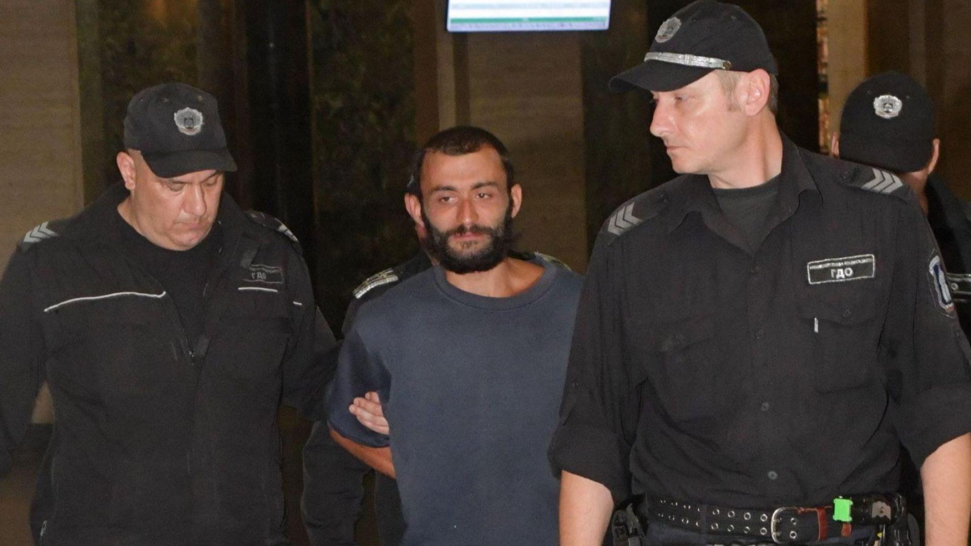 Прокуратурата иска въдворяване на мъжа, пребил майка си и убил баща си в София