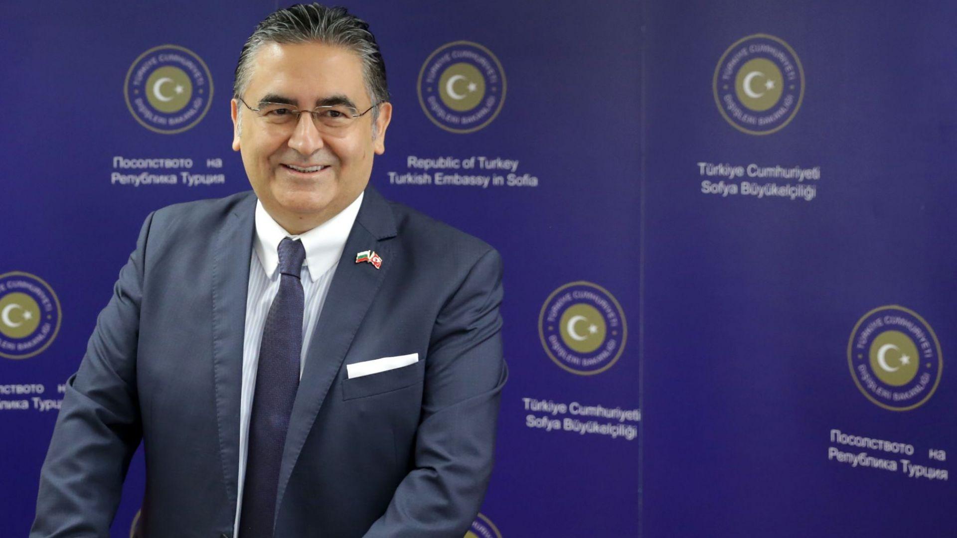 Н. Пр. Хасан Улусой: Демокрацията в Турция е укрепнала през последните две години