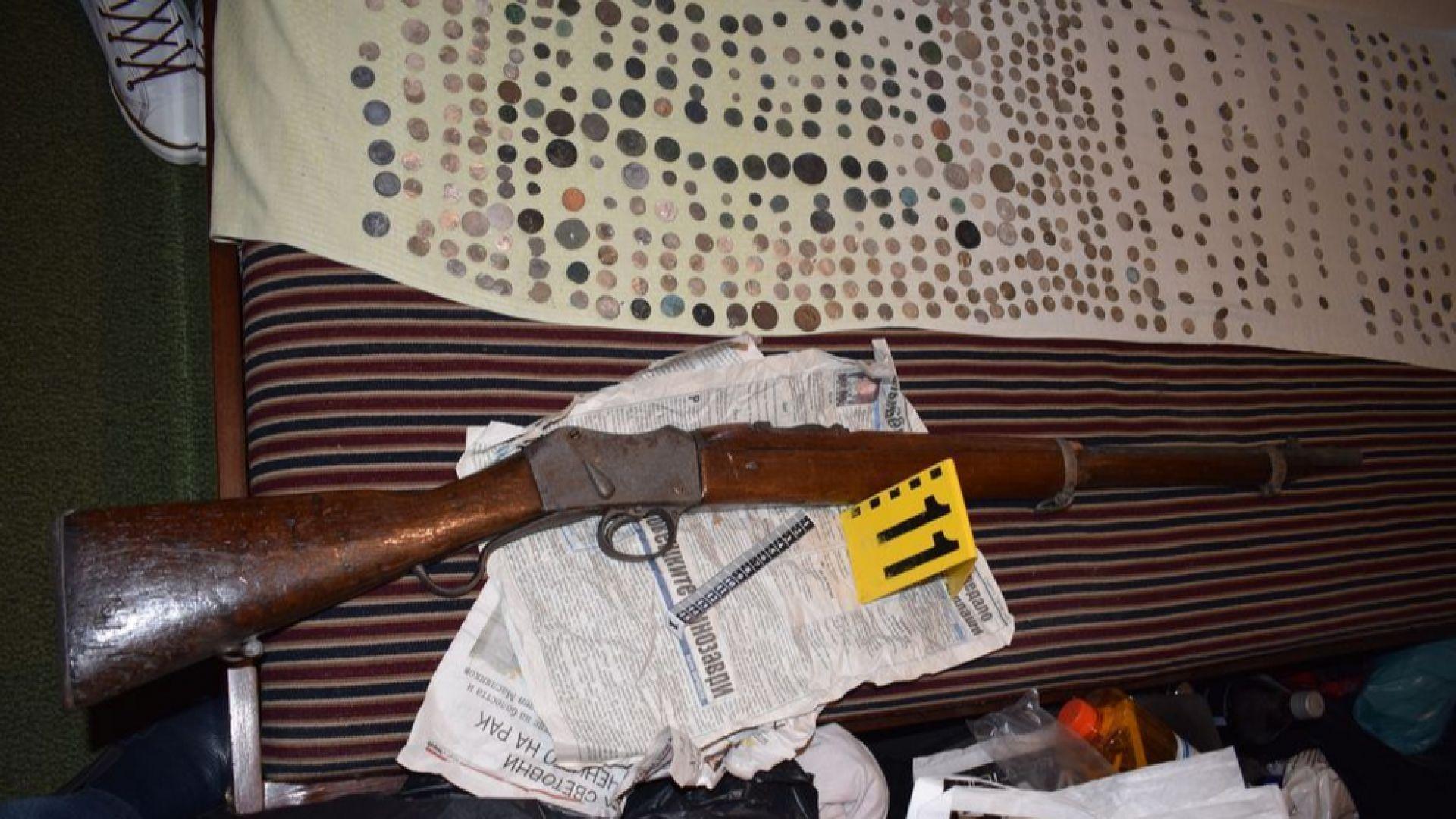 Удариха иманяр в Стара Загора, имал пистолет със заличени номера