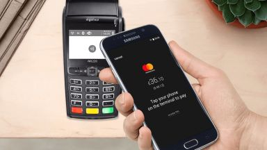 Българи създадоха мобилно приложение за разплащане