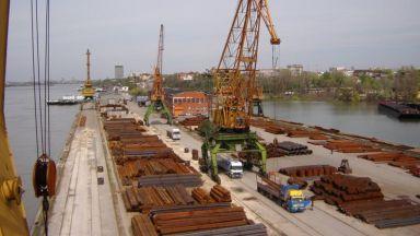 Мъж се е удавил в река Дунав, а тялото на друг е открито в езеро край Русе