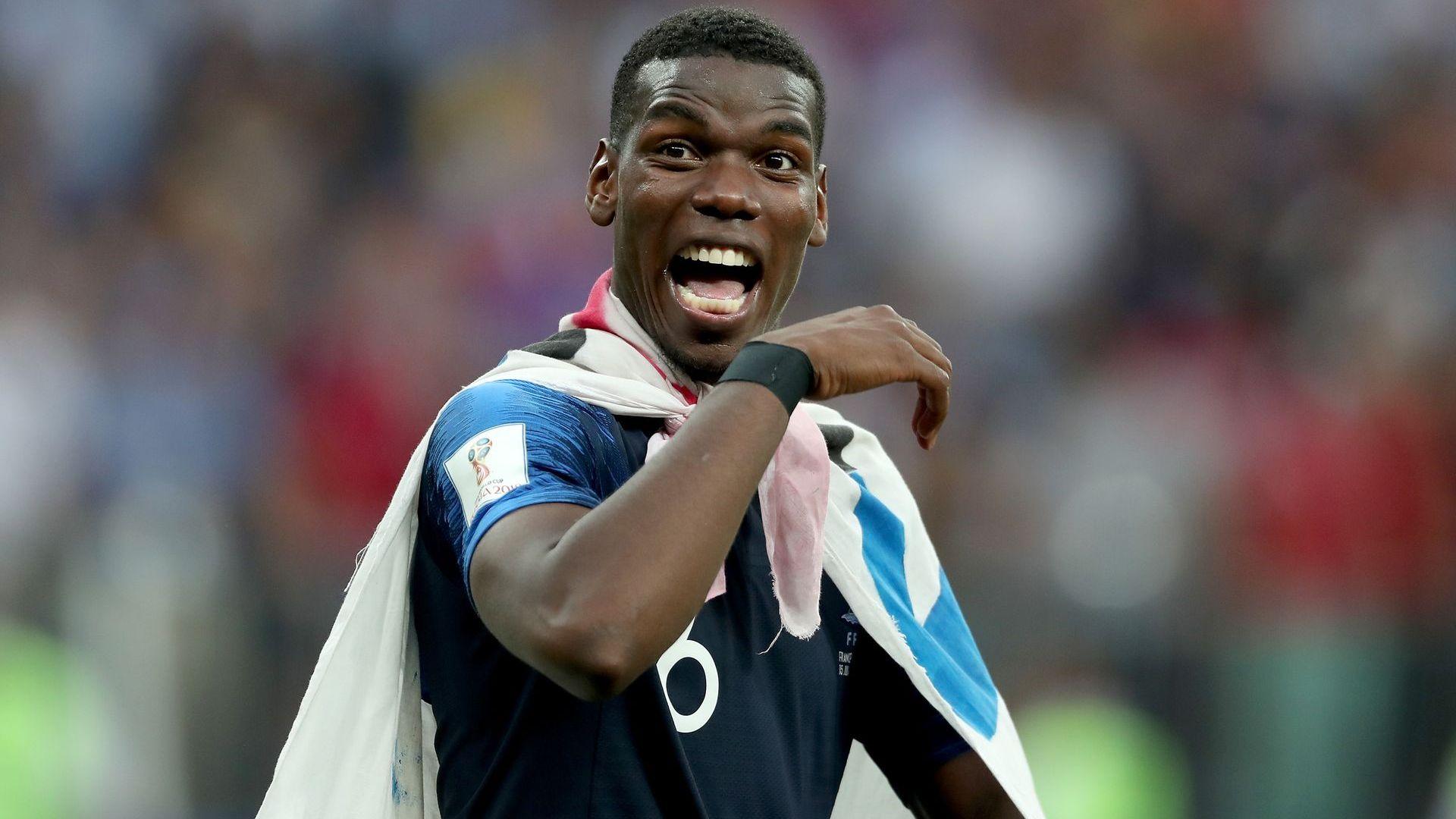 Погба ще съди жълтите издания, излъгали за отказването му от националния отбор