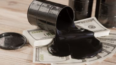 САЩ обмислят отваряне на стратегическия си петролен резерв