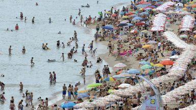 Ангелкова: Очакваме над 5,5 млн. чужди туристи за лятото