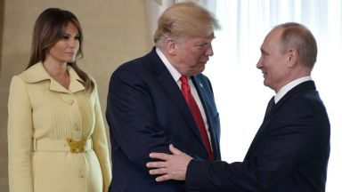 Мелания до Тръмп за срещата с Путин (снимки)