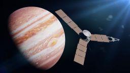 """Космическият апарат """"Джуно"""" откри вулкан на юпитеровата луна Йо"""