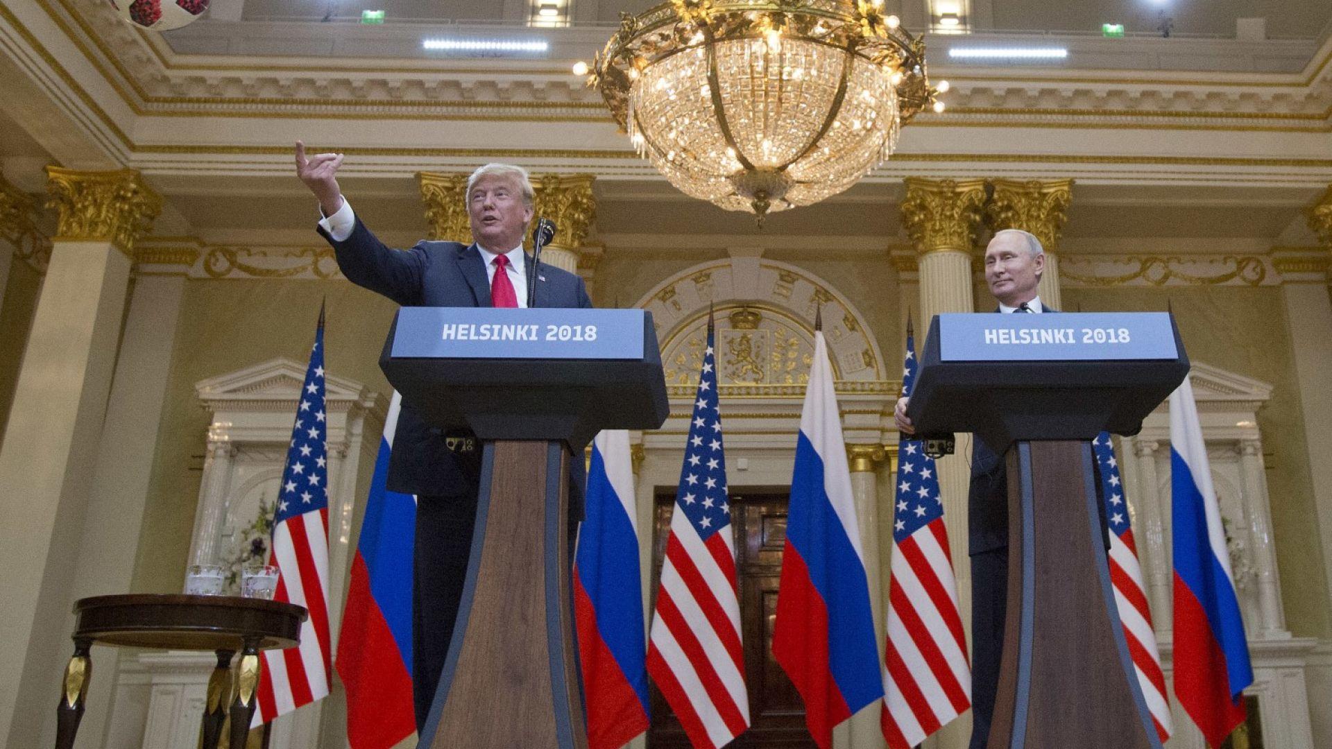 """""""Ню Йорк таймс"""": Тръмп продължава да внася объркване за срещата си с Путин"""