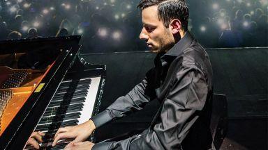 Питър Бенс - най-бързият пианист в света с концерт в София