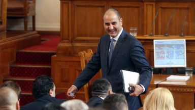 Парламентът сложи акциз на бездимните продукти