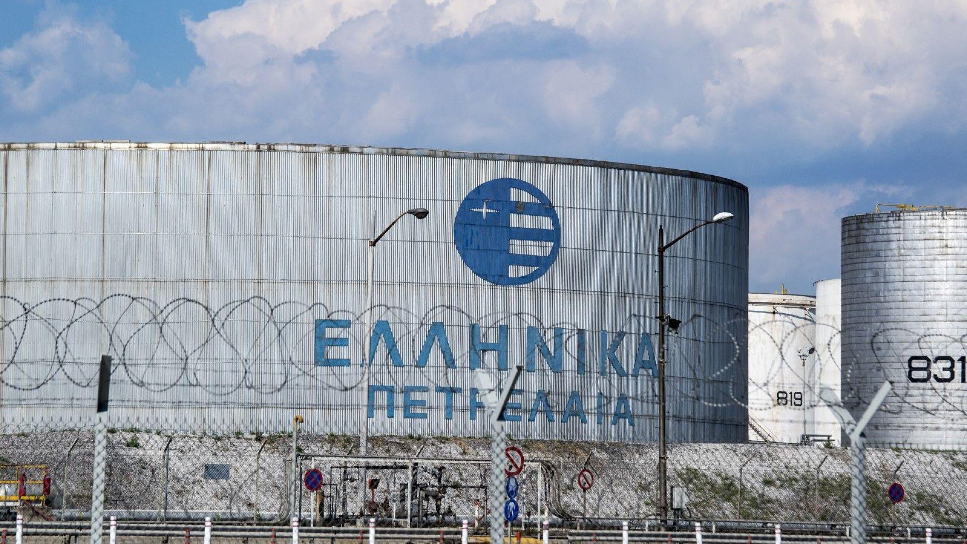 Гърция продава Hellenic Petroleum, двама кандидати останаха на финала
