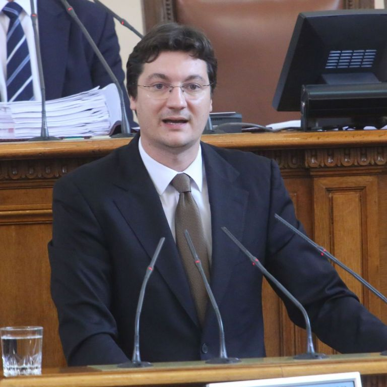 Крум Зарков, депутат от БСП