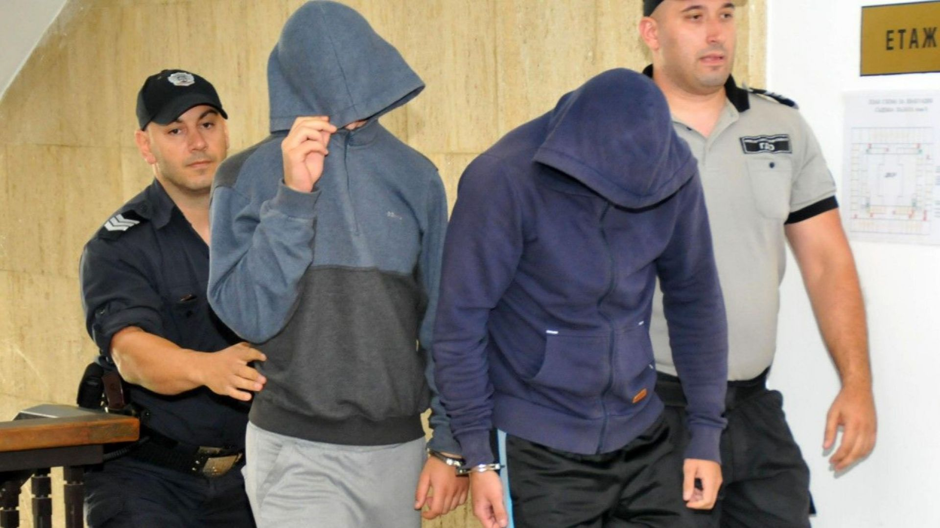 Съдът остави в ареста младежи, обирали чужденци в Слънчев бряг