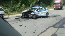 Тежка катастрофа с патрулка край Варна (видео)