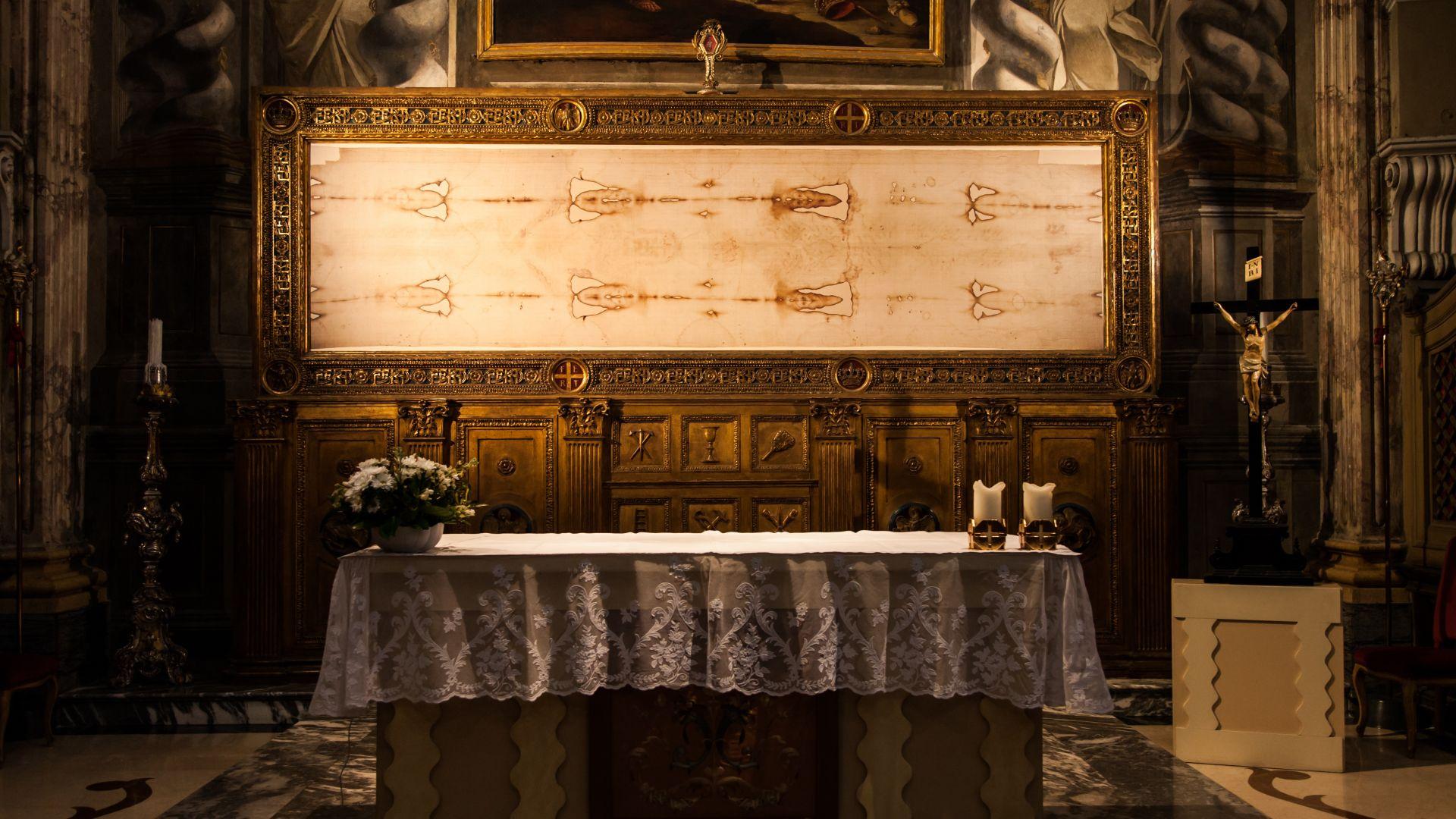 Торинската плащаница е средновековен фалшификат, сочи изследване