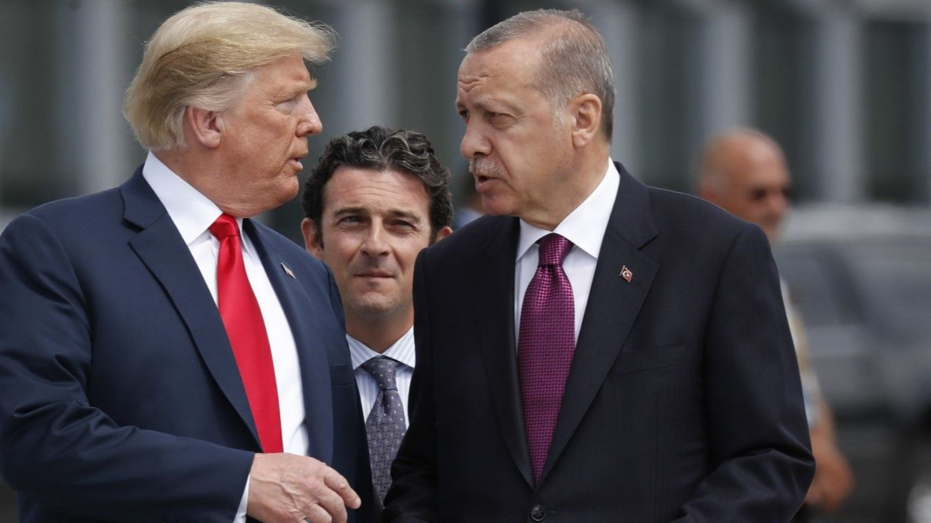 Тръмп призова за освобождаване на задържан в Турция американски пастор
