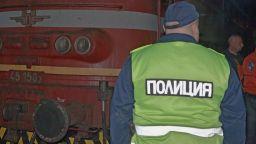 Влак помете мъж край Враца, той оцеля по чудо