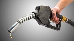 Горанов предлага бензиностанции на самообслужване