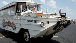 9 от загиналите с корабче в езерото в Мисури са от едно семейство (видео)