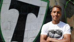 Расистки скандал с футболист в Русия