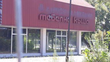Работник загина при демонтаж на метална конструкция