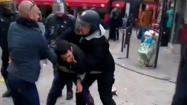 Съдят сътрудника на Макрон, пребил протестиращ