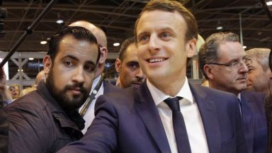 Бенала докара политическа буря във Франция