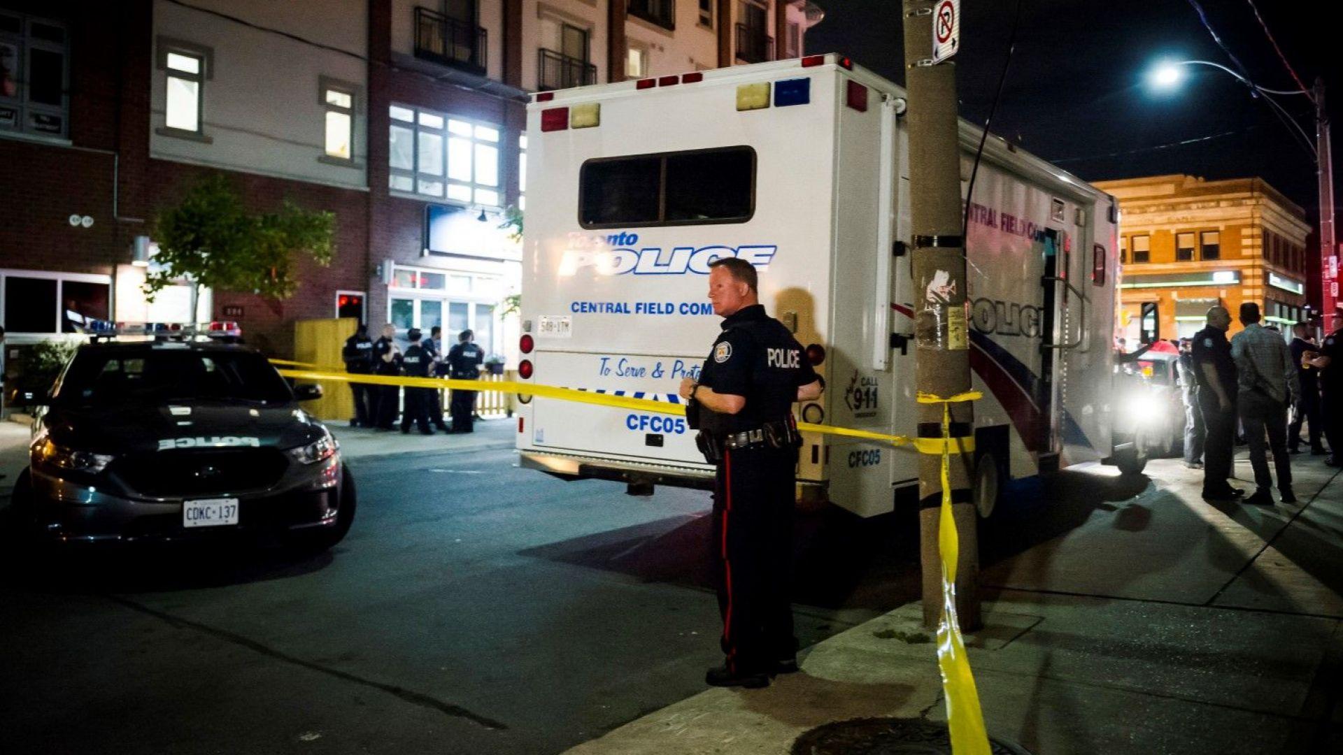 Полицията в Торонто издирва записи на кървавата атака