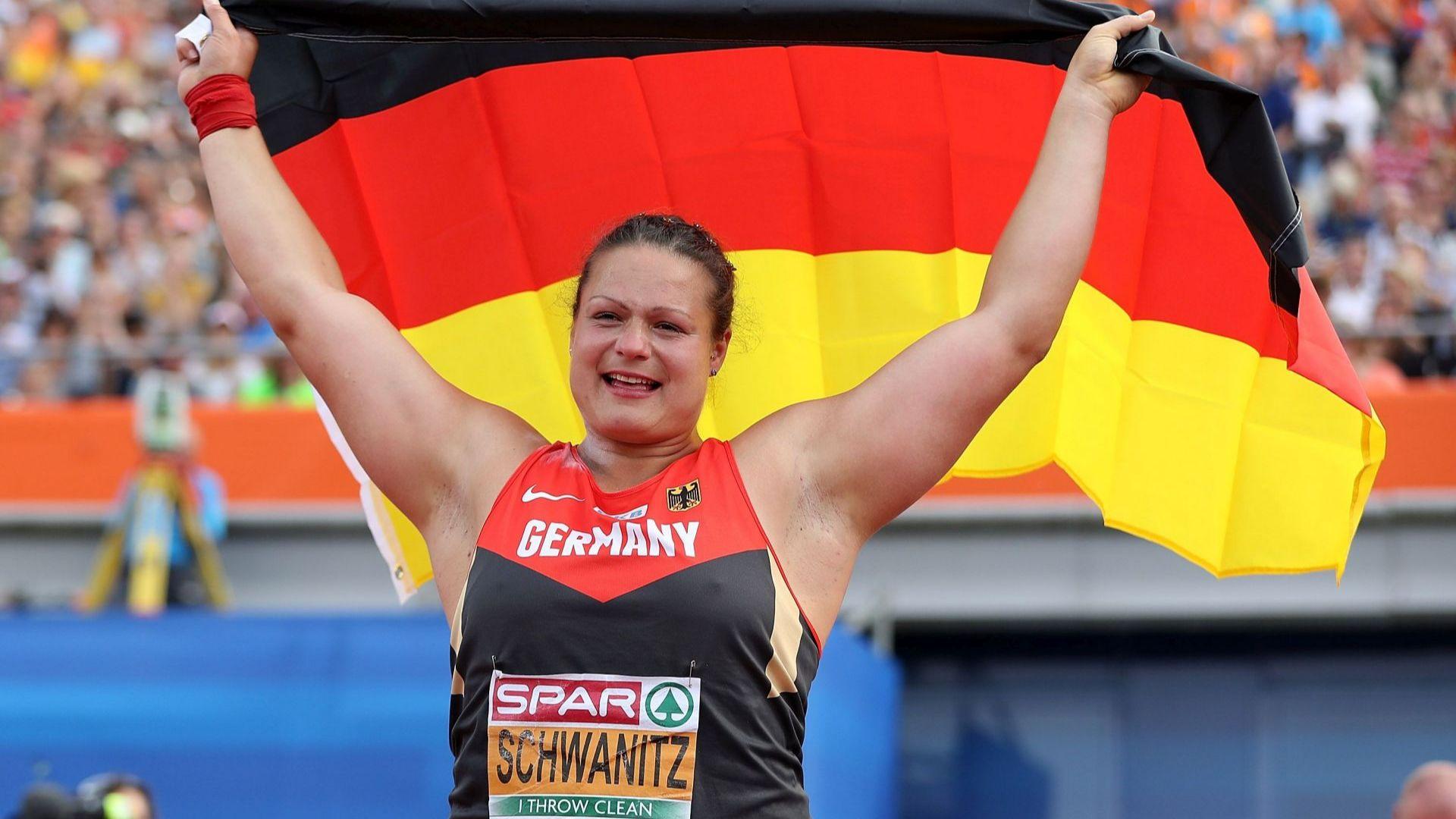 Световна шампионка катастрофира със 140 км/ч