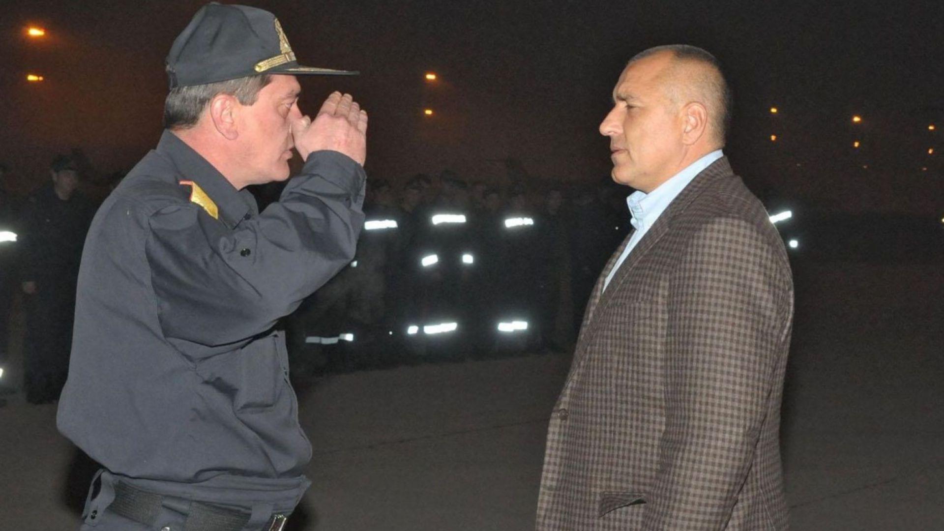 Борисов предложи помощ на Ципрас в борбата с огнения ад