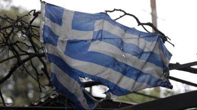 """""""Часове на борба, единство, кураж и солидарност"""" сред огнения ад в Гърция"""