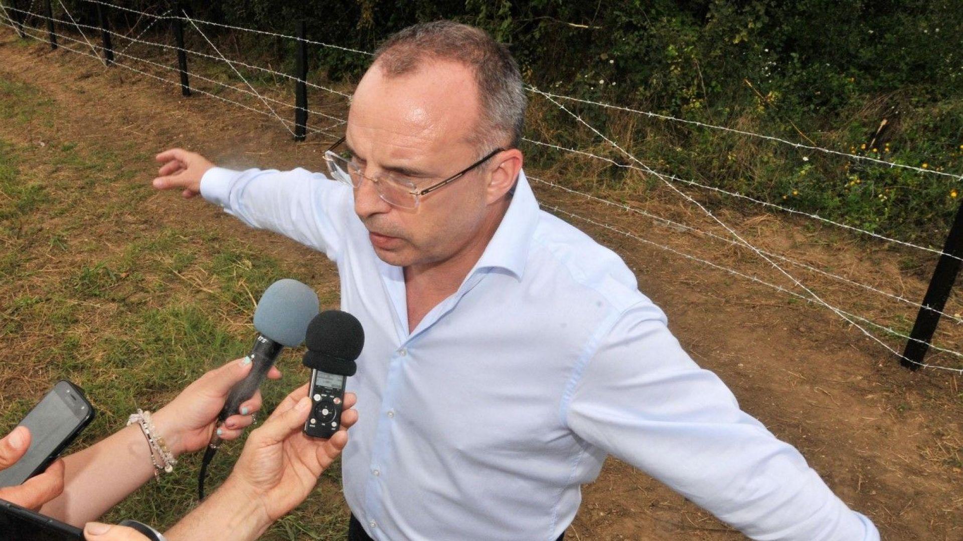 Вдигат на север ограда срещу африканската чума