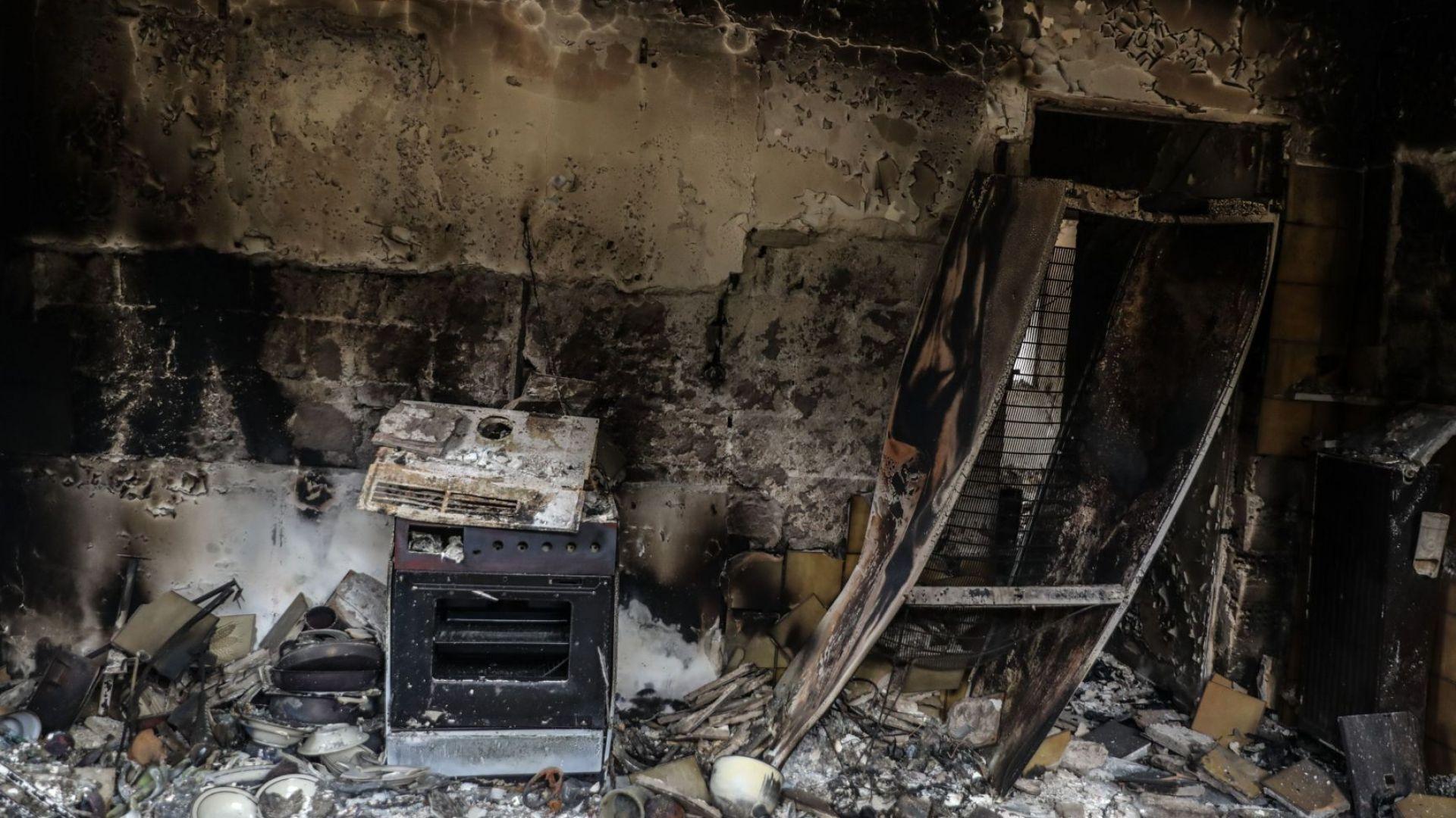 Гръцкото правителство отпуска 20 милиона евро помощ за пострадалите от пожарите