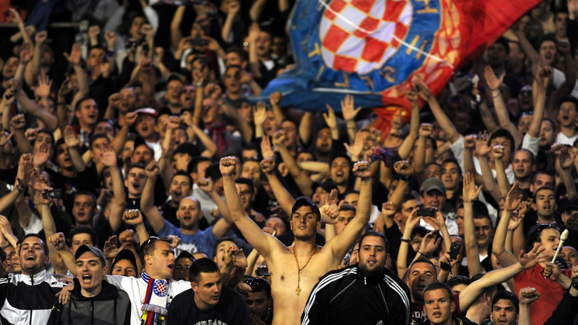 """Ултраси на """"Хайдук"""" вилняха в Сърбия, има арестувани и у нас"""
