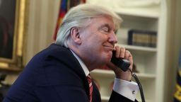 Ню Йорк таймс: Розенстайн готвел отстраняването на Тръмп