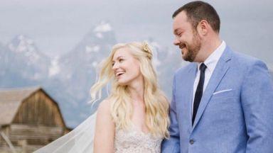 """Керълайн от """"Без пукната пара"""" се омъжи (снимки)"""