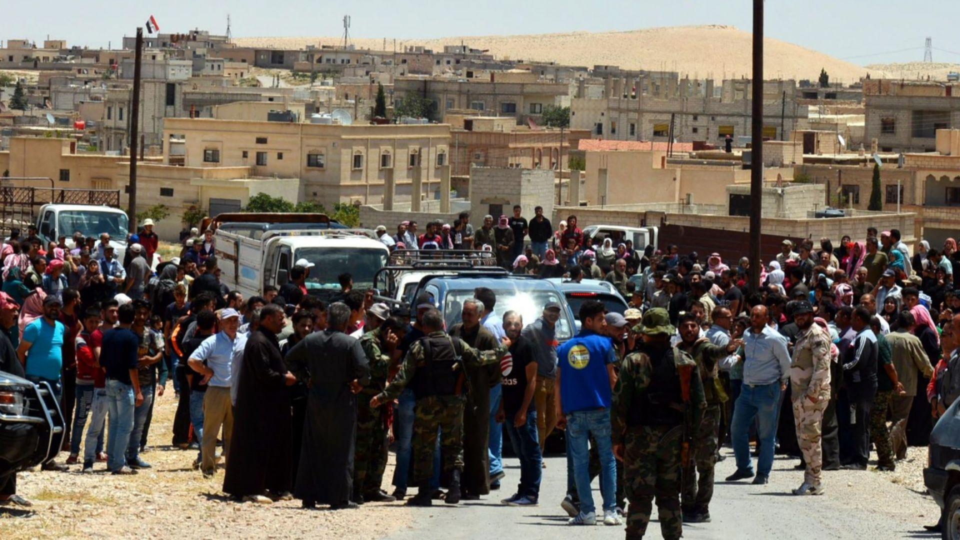 """След прочистването с """"Ефратски щит"""" Турция връща хиляди сирийци по домовете им"""