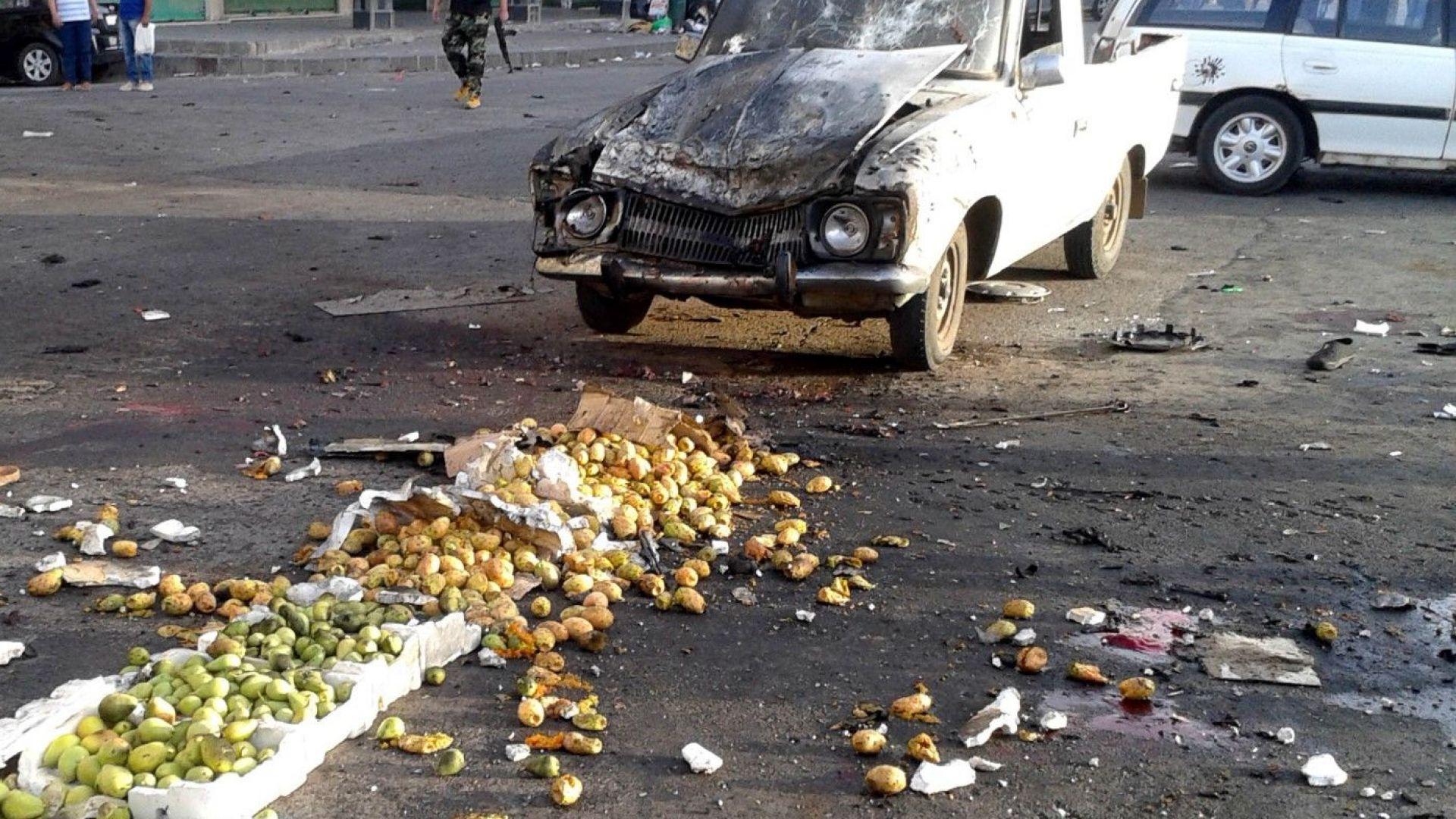 Самоубийствен атентат окървави сирийски пазар: има повече 150 загинали