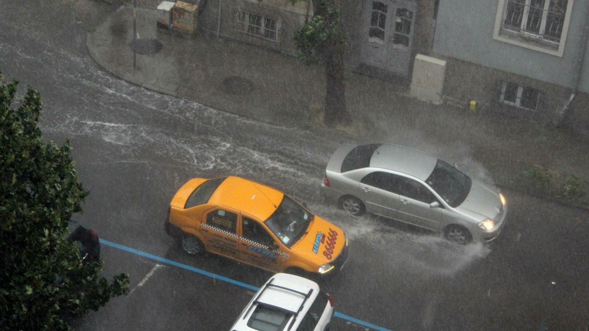 Дъждовете нямат спиране: Отписахме юли, но и през август ще вали
