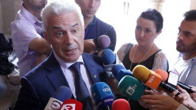 Сидеров: Темата с преференциите беше истеризирана, евродепутати са спестили по 4,5 млн.