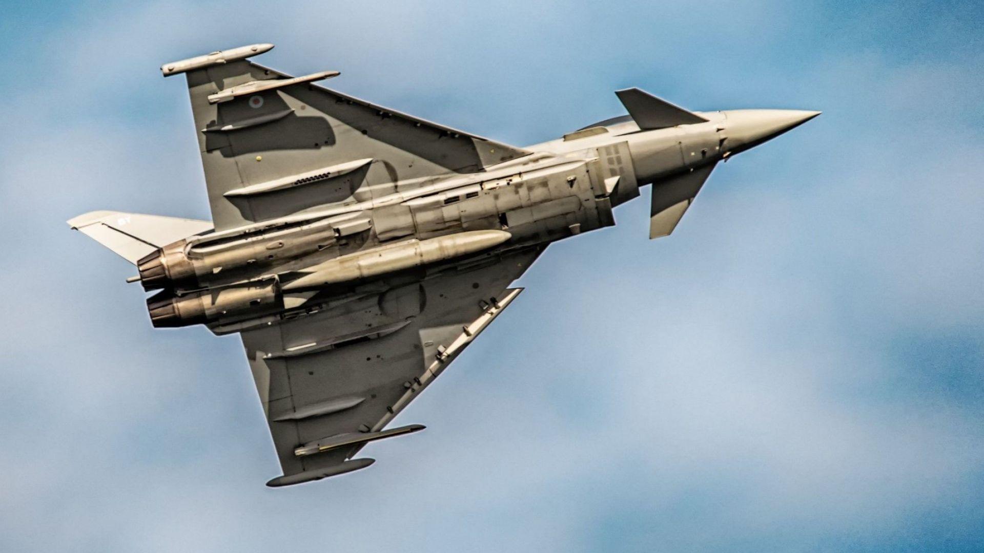 """Вдигнаха във въздуха над Черно море британски """"Тайфун""""-и да """"съпроводят"""" руски Су-24"""