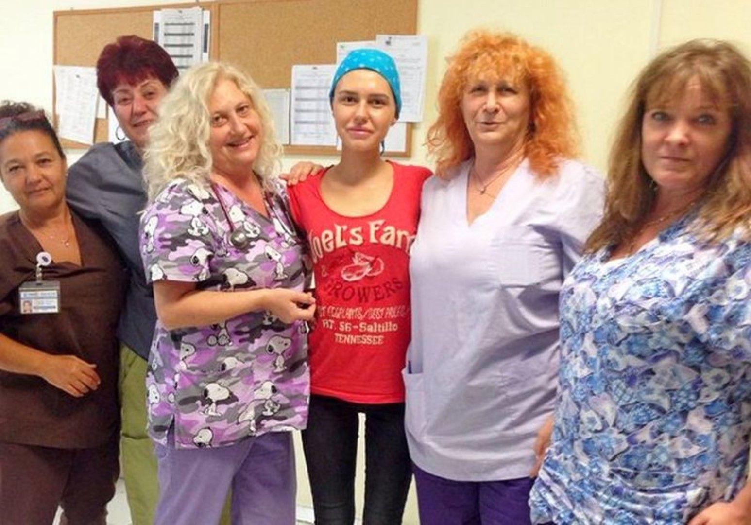 Симона дойде усмихната на контролен преглед в УМБАЛ-Бургас