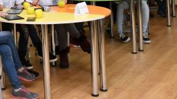Стомашно разстройство натръшка децата в две училища в София