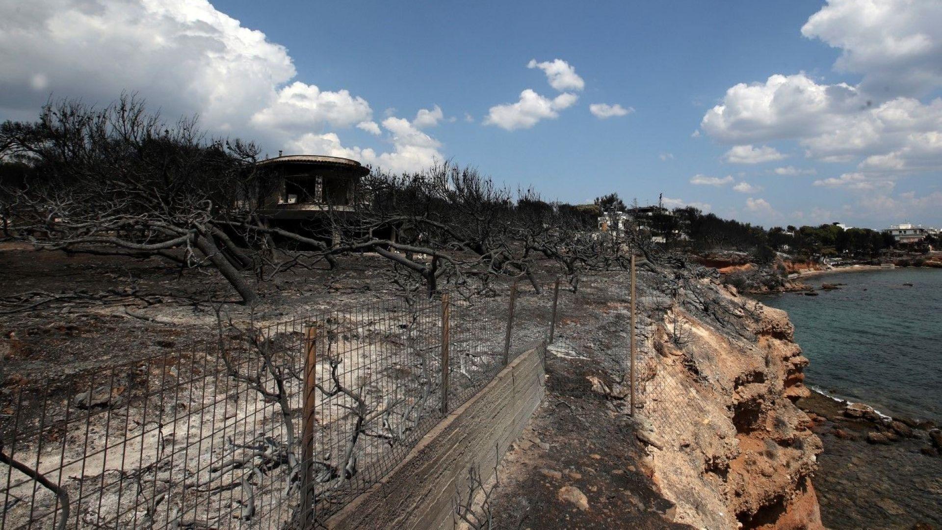 Броят на жертвите от горските пожари край Атина нарасна на 89